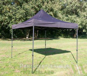 Zwarte easy up tent 3x3 meter schuin huren om Middelburg