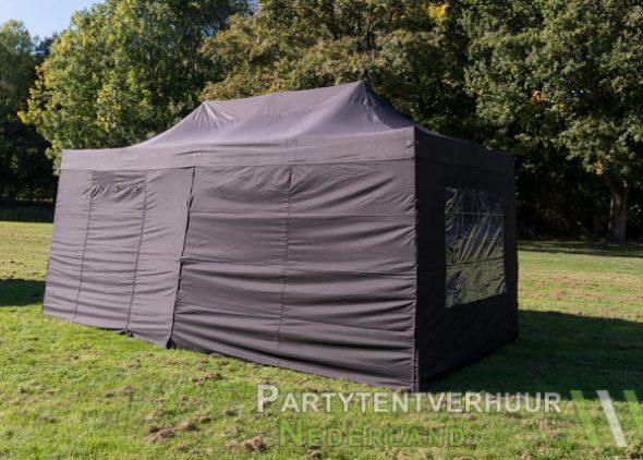 Zwarte easy up tent 3x6 meter zijkant huren in Zeeland
